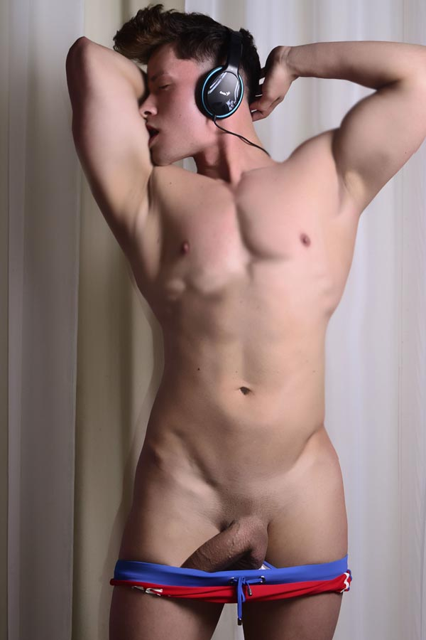 escort boy bologna attori nudi gay